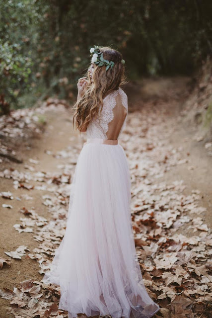 13-immacle-wedding-dresses-bohemian-bride_cool-chic-style-fashion