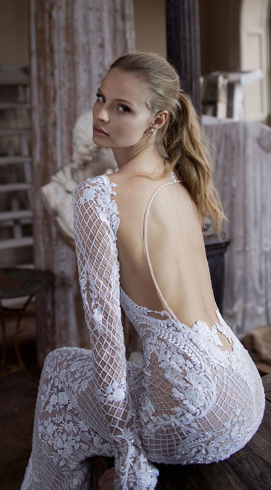 Berta-Bridal-Wedding-Dresses-Fall-Winter-2016-Bridal-Collection-00015