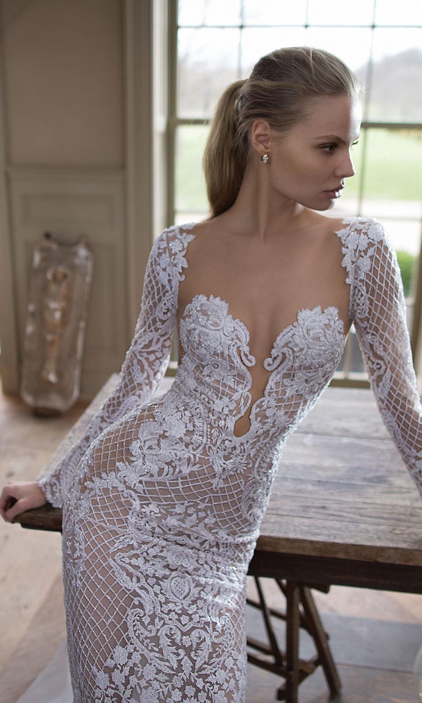 Berta-Bridal-Wedding-Dresses-Fall-Winter-2016-Bridal-Collection-00016