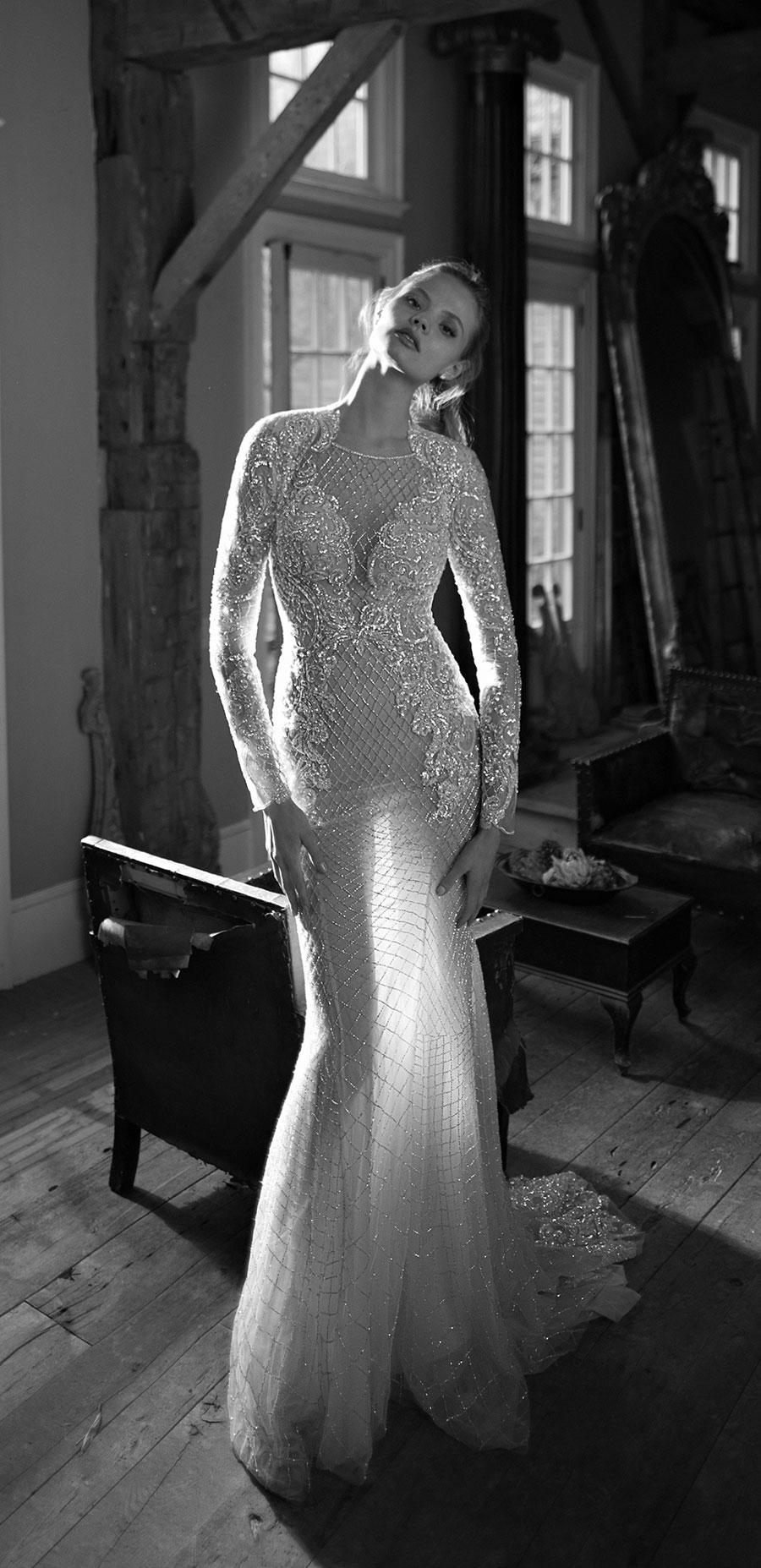 Berta-Bridal-Wedding-Dresses-Fall-Winter-2016-Bridal-Collection-00017