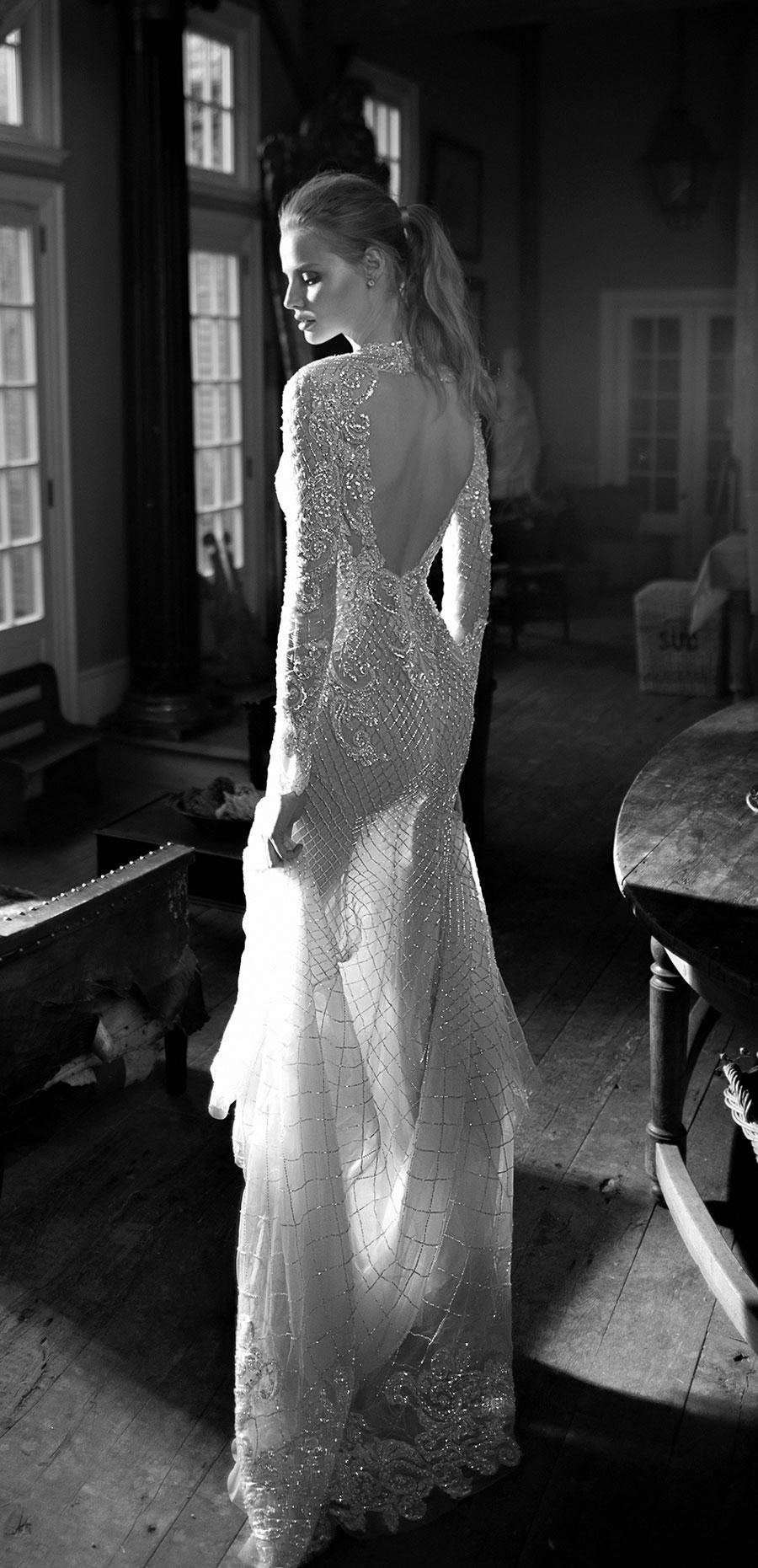 Berta-Bridal-Wedding-Dresses-Fall-Winter-2016-Bridal-Collection-00018