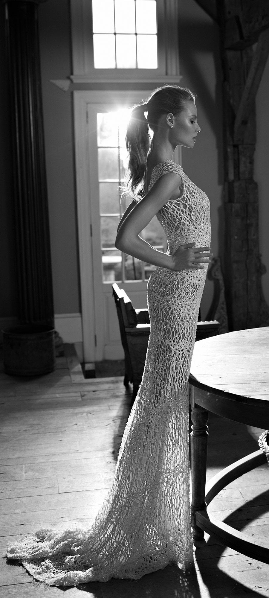 Berta-Bridal-Wedding-Dresses-Fall-Winter-2016-Bridal-Collection-00019