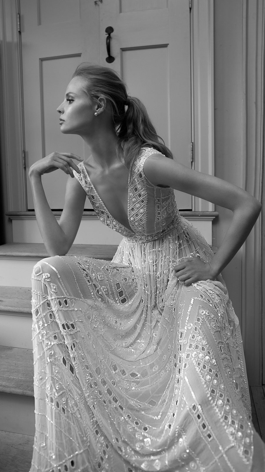 Berta-Bridal-Wedding-Dresses-Fall-Winter-2016-Bridal-Collection-00025