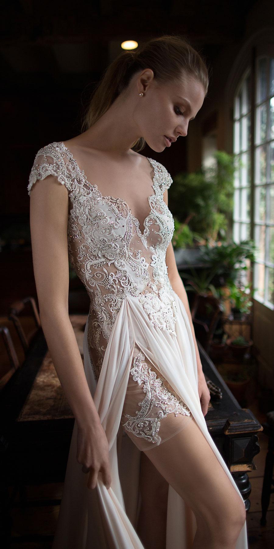 Berta-Bridal-Wedding-Dresses-Fall-Winter-2016-Bridal-Collection-00028