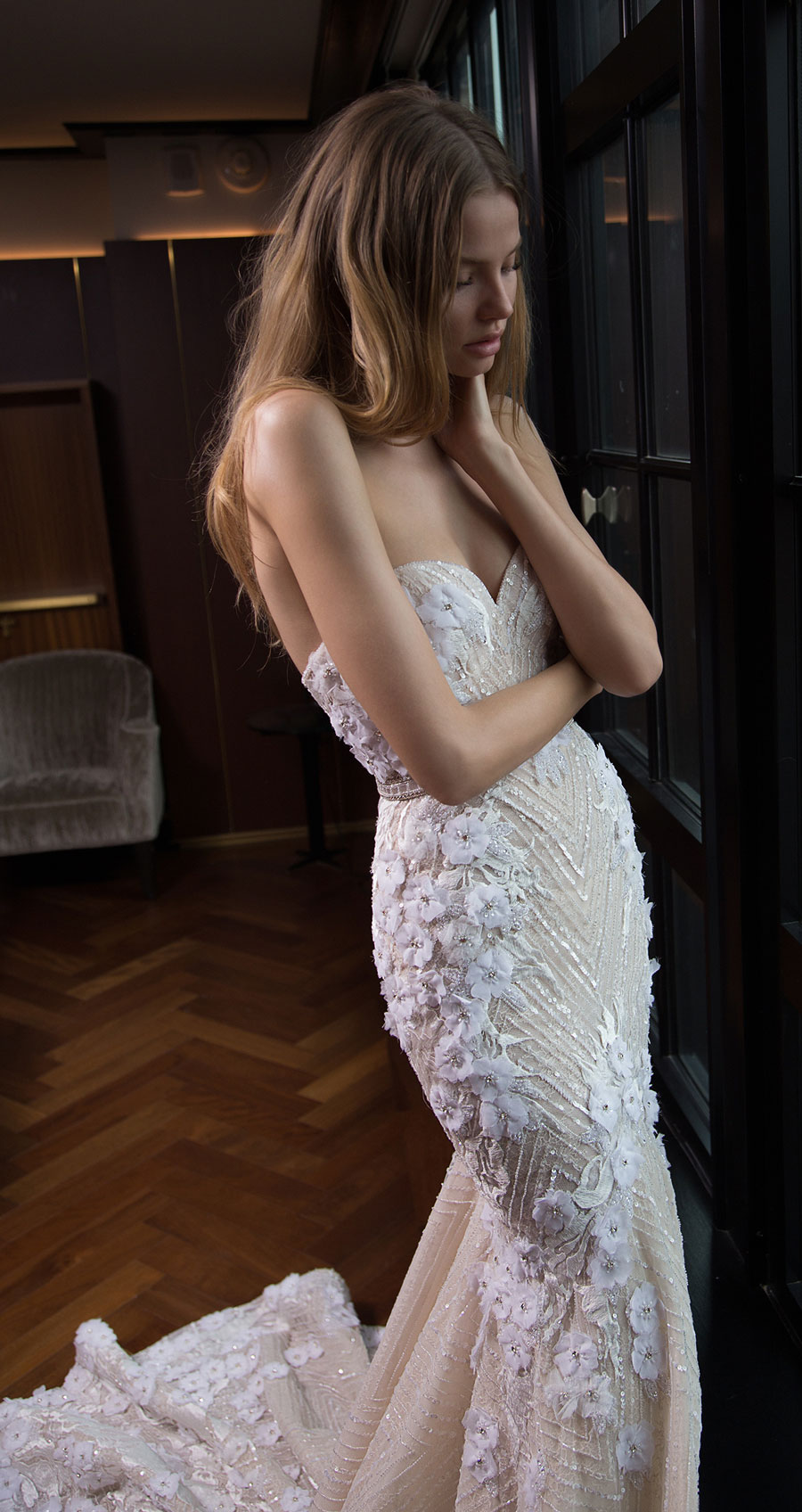 Berta-Bridal-Wedding-Dresses-Fall-Winter-2016-Bridal-Collection-00031