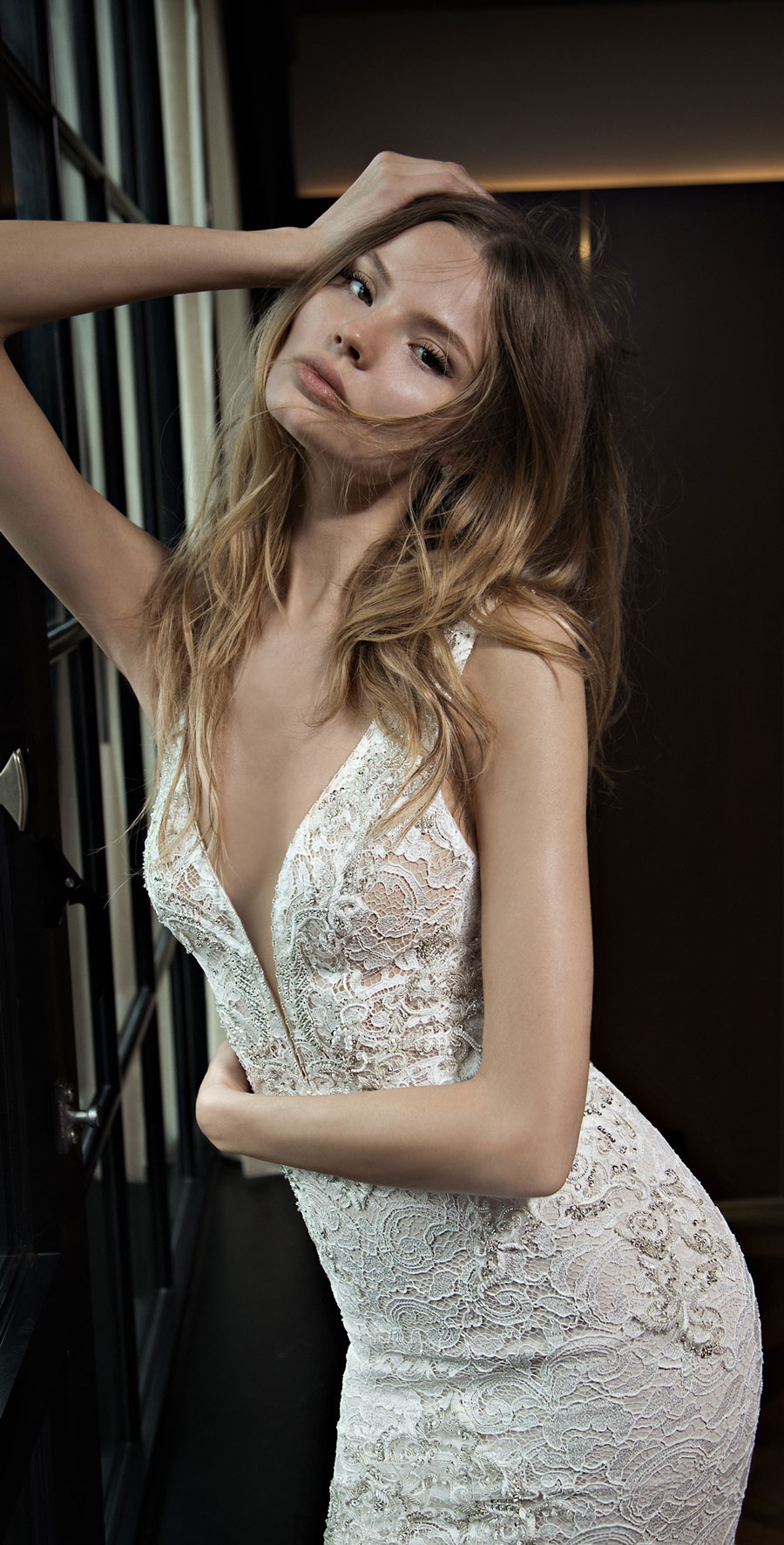 Berta-Bridal-Wedding-Dresses-Fall-Winter-2016-Bridal-Collection-00033