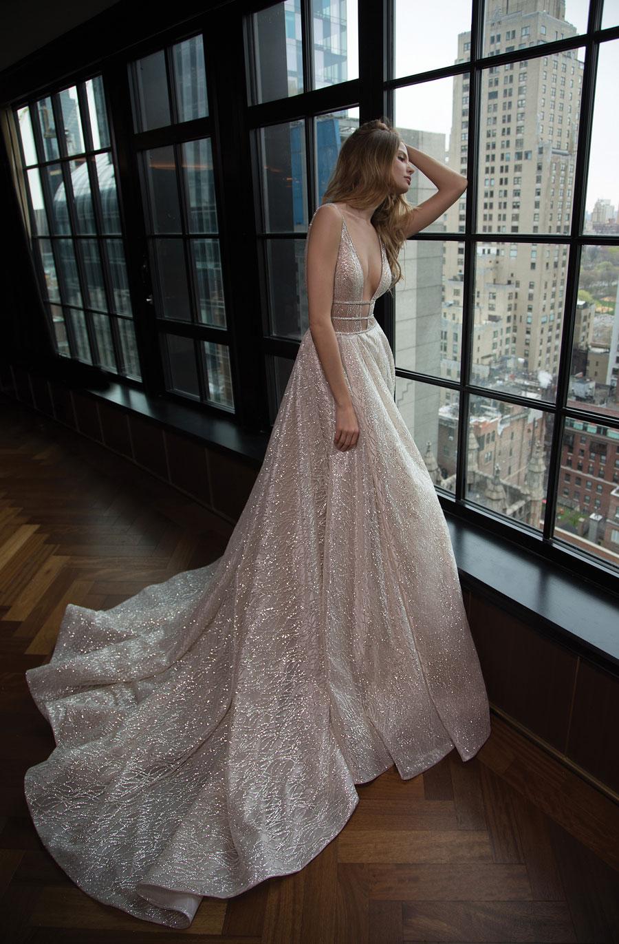 Berta-Bridal-Wedding-Dresses-Fall-Winter-2016-Bridal-Collection-00035