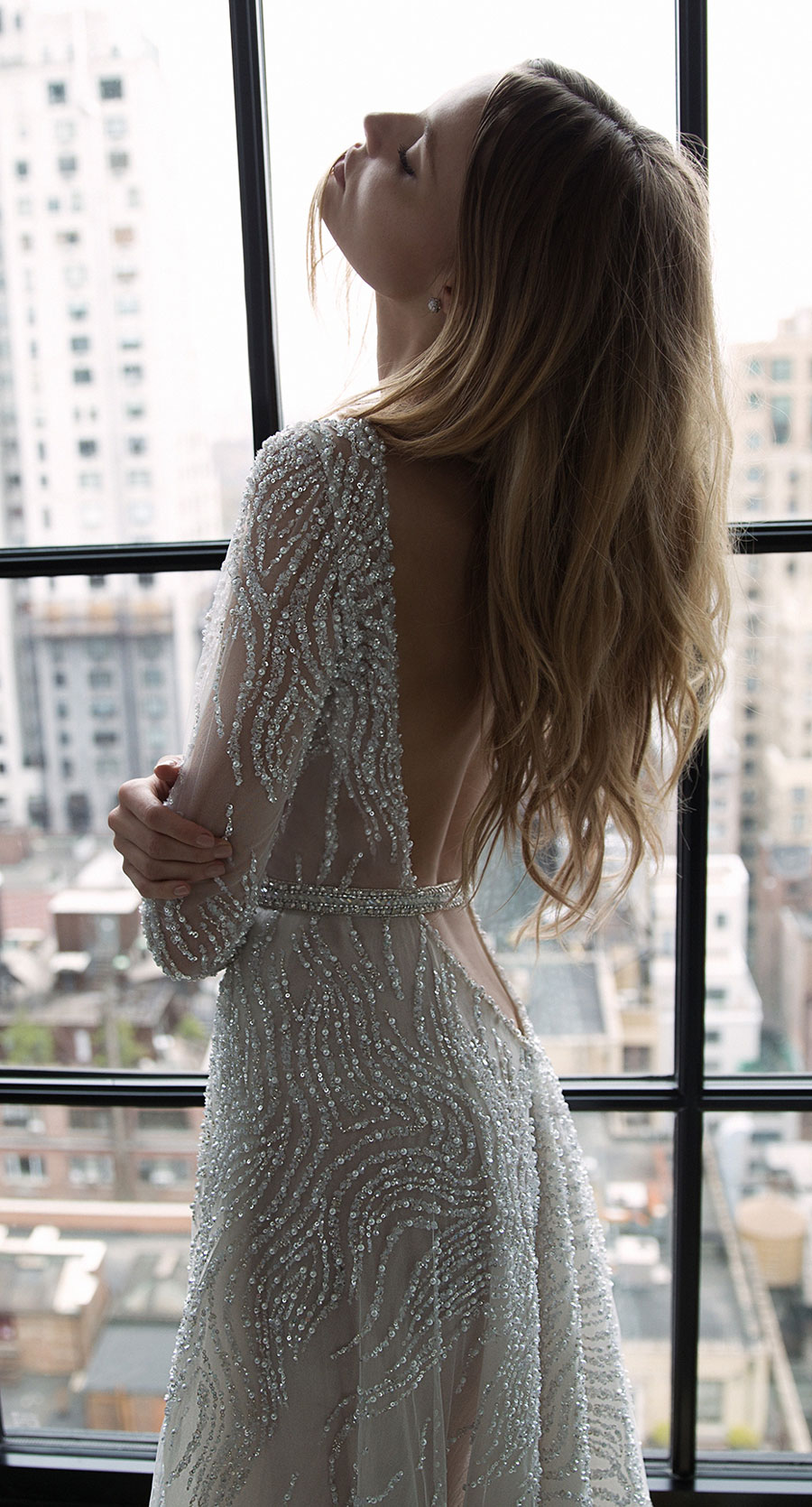 Berta-Bridal-Wedding-Dresses-Fall-Winter-2016-Bridal-Collection-00040