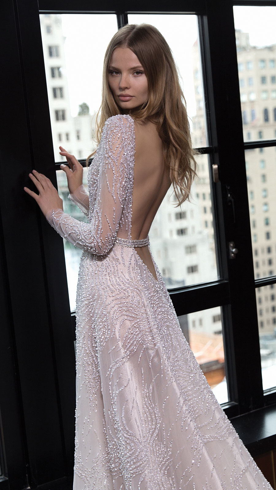 Berta-Bridal-Wedding-Dresses-Fall-Winter-2016-Bridal-Collection-00042