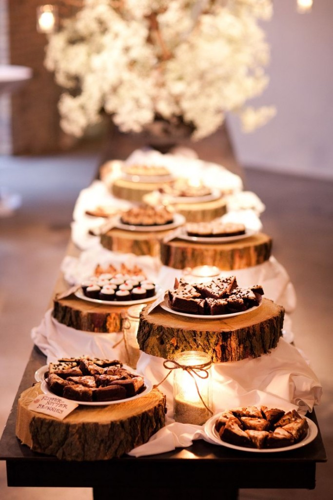rustic-dessert-table-settings-for-barn-and-country-weddings-683x1024