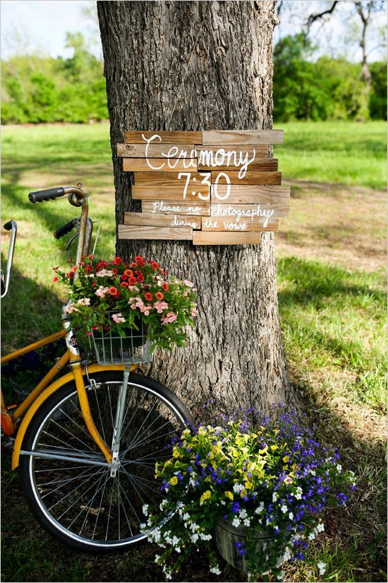 rustic-wedding-sign-wedding-decor