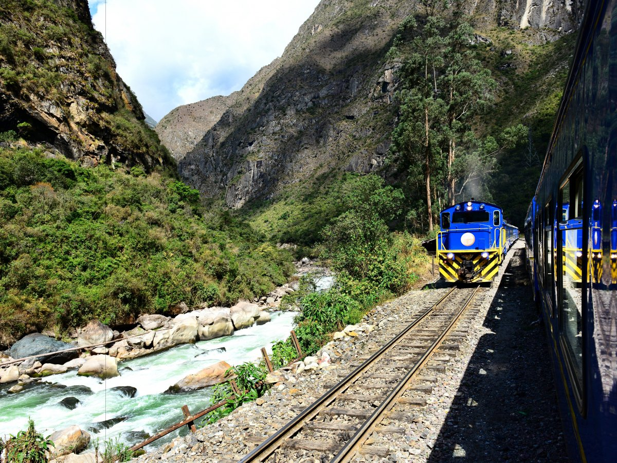 if-youre-not-into-hiking-a-new-luxury-train-the-orient-express-hiram-bingham-train-will-also-take-you-from-cusco-to-machu-picchu
