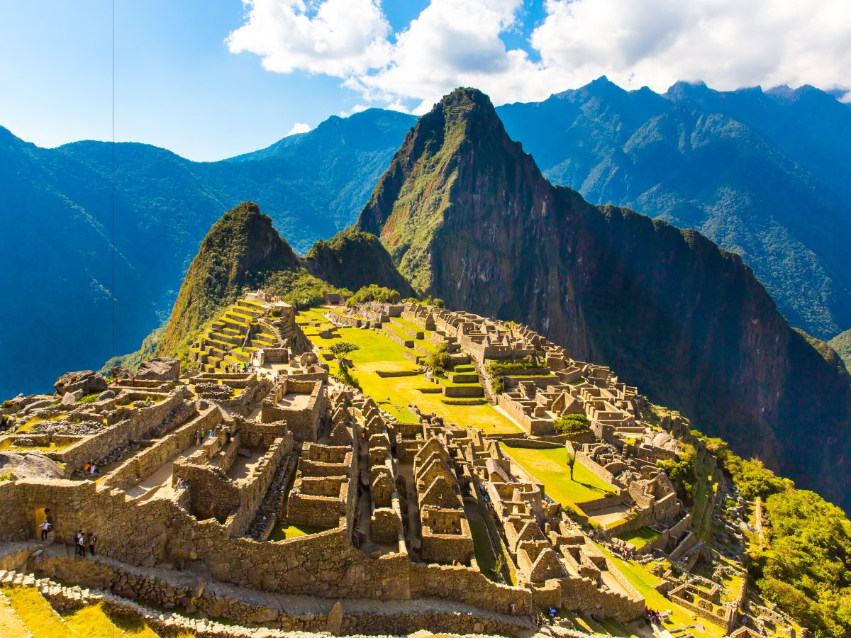 no-matter-how-you-get-there-youll-never-forget-that-first-glimpse-of-the-lost-city-of-the-incas-on-the-eastern-slopes-of-the-andes