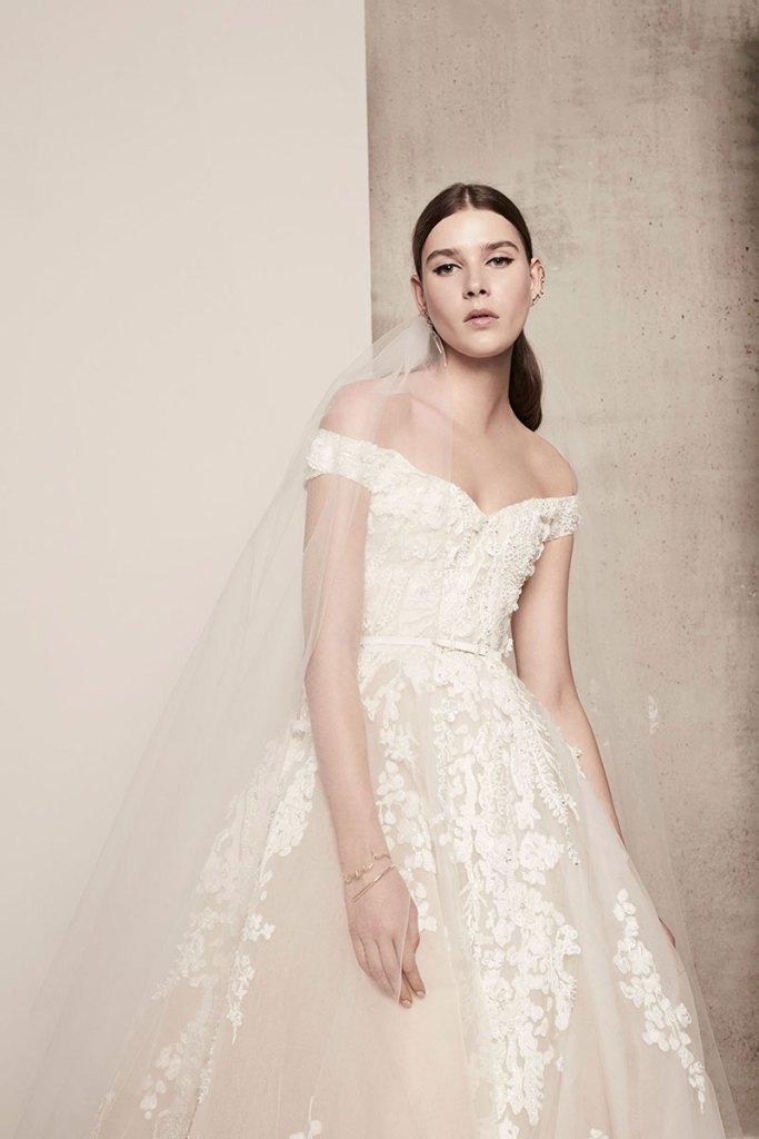 Elie-Saab-Bridal-Spring-2018-Wedding-Gown-Dress-Fashion-Inspiration-03
