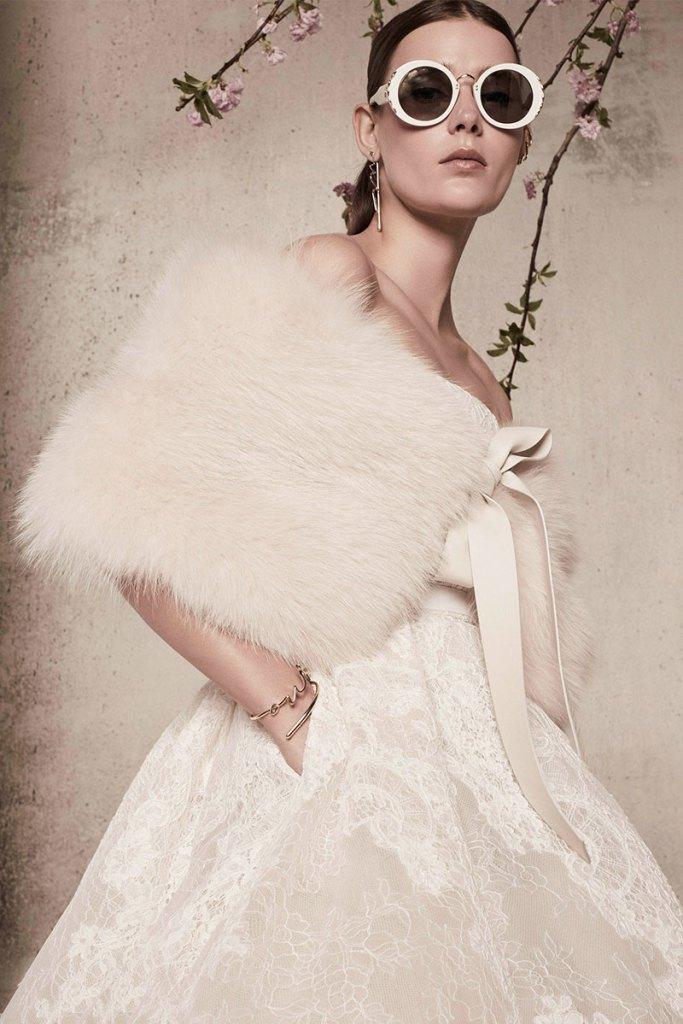 Elie-Saab-Bridal-Spring-2018-Wedding-Gown-Dress-Fashion-Inspiration-11