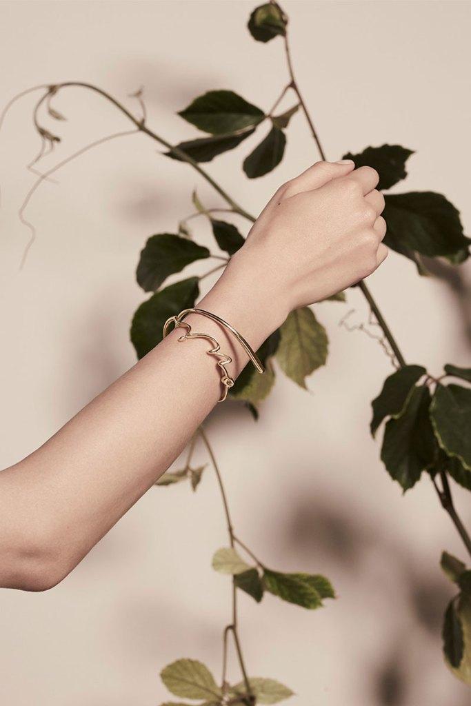 Elie-Saab-Bridal-Spring-2018-Wedding-Gown-Dress-Fashion-Inspiration-15