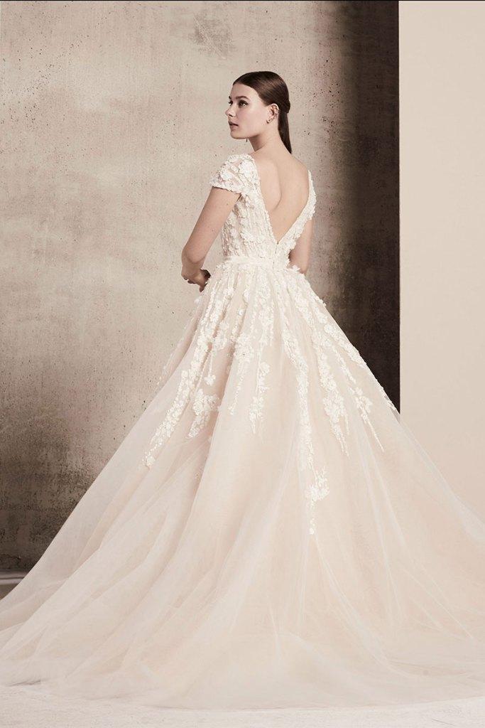 Elie-Saab-Bridal-Spring-2018-Wedding-Gown-Dress-Fashion-Inspiration-17