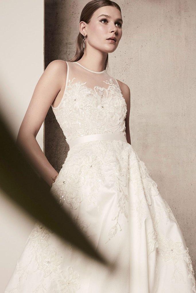 Elie-Saab-Bridal-Spring-2018-Wedding-Gown-Dress-Fashion-Inspiration-18