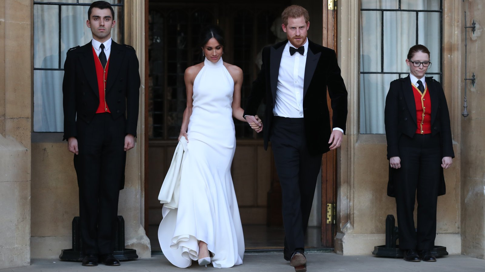 Royal-Wedding-Slideshow-slide-SZ42-videoSixteenByNineJumbo1600